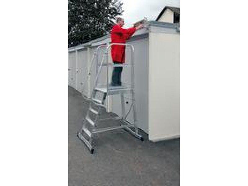 aluminium podest treppe fahrbar 4 stufen senkrechte h he 0 95 m g nzburger steigtechnik gz 0303104. Black Bedroom Furniture Sets. Home Design Ideas